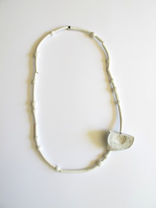 twig&pod necklace